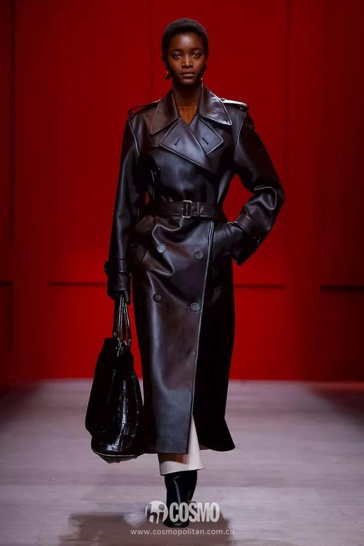 时髦办 | 优雅女人的鞋柜里一定少不了这双鞋,赫本梦露都同意