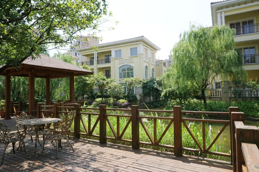 桂林奥林匹克实景别墅图阻止光伏花园如何搭建图片
