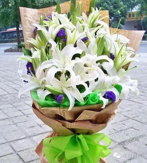 大石桥9朵红玫瑰2枝百合鲜花速递全国杭州鲜花店南京重庆天津同城