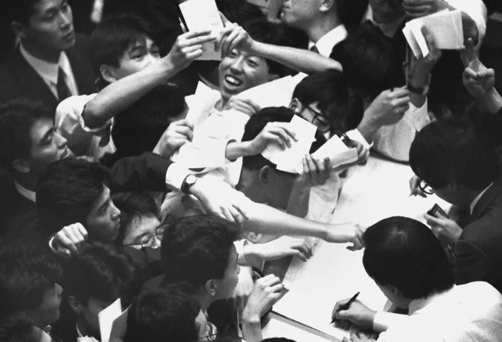 年入5000万人民币的日本人,他戳痛每个中国人的焦虑