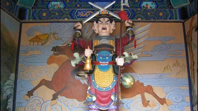 神评 西游记中大名鼎鼎的二郎神为何有三只眼睛