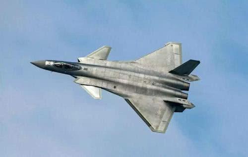 军事 正文  歼-20 歼20采用了单座,双发,鸭式气动布局,整个头部和机身图片
