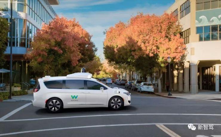加州路测升级,4月份可以看到没有司机的自动驾驶汽车