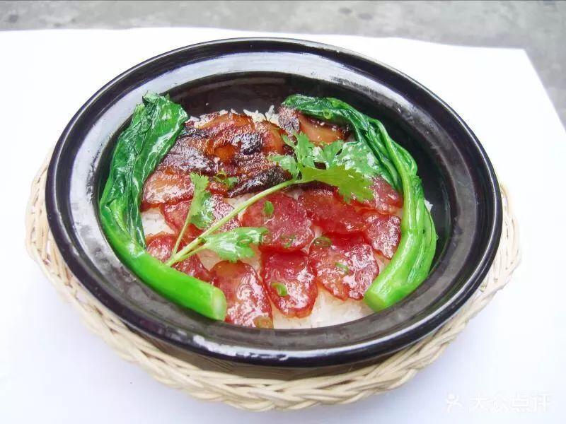 创新菇香卤肉饭(威海海关总署教育培训基地厨师长:董军)