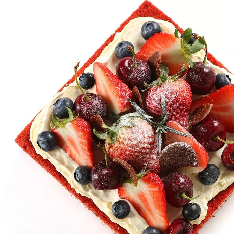 奶油裱花蛋糕图片
