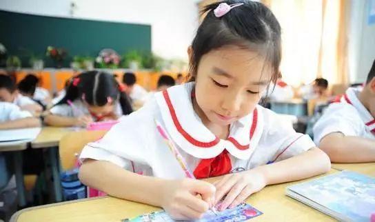 近日,教育部办公厅做好《关于印发2018年普通中小学招生入学工作的小学生作文图片图片