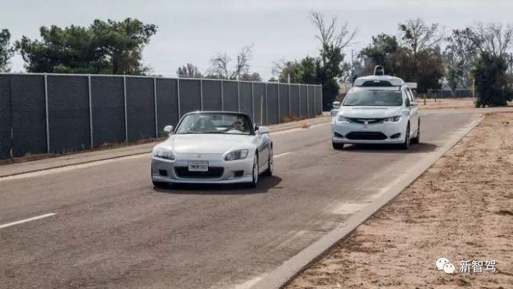 自动驾驶防晕车专利大比拼:有高科技范儿的,也有接地气的
