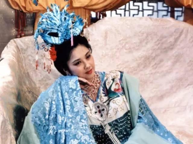 徐少华与女儿国国王_多年后终于听懂《女儿情》,方知错过便是一生