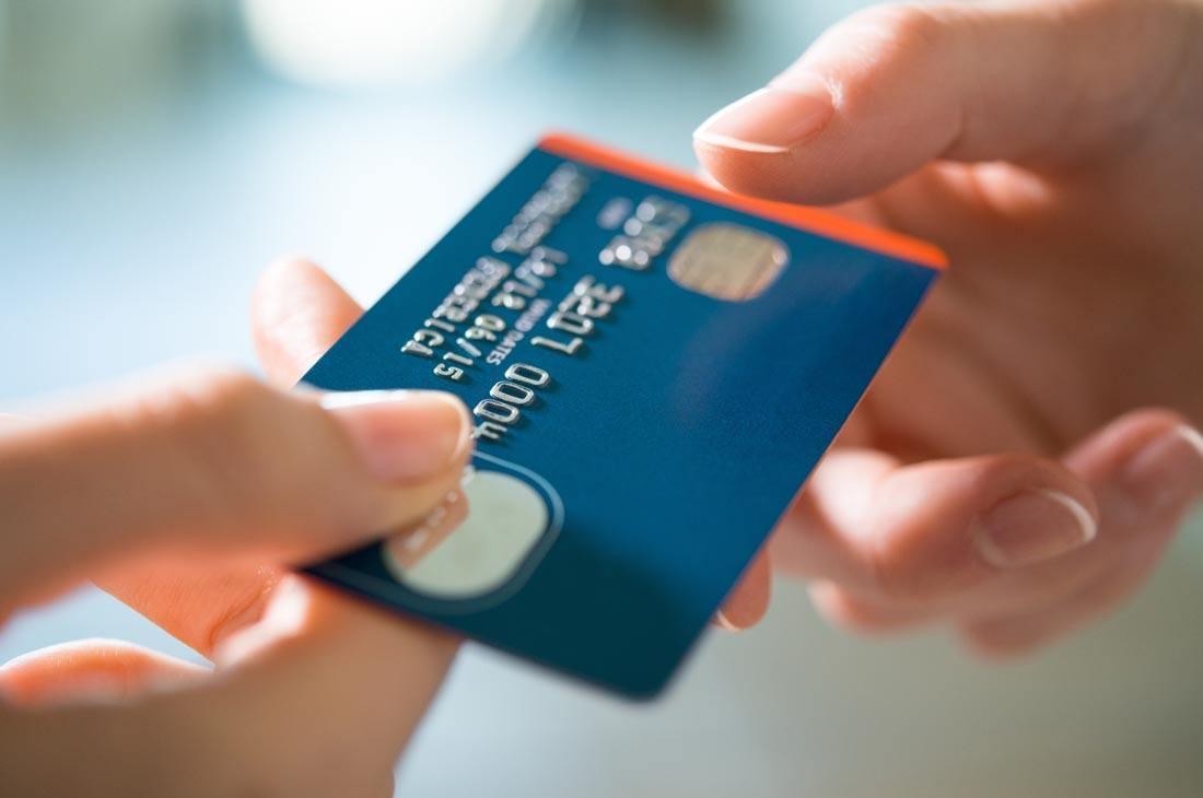 人均信用卡_信用卡逾期图片