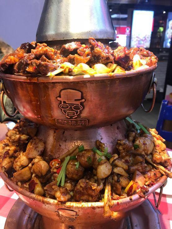 没有汤只有肉的铜锅火锅你见过吗