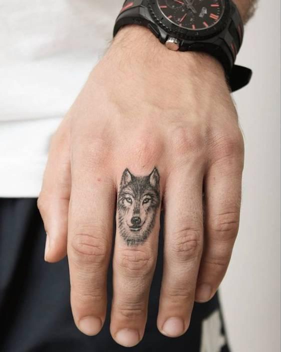 纹身纹在什么部位低调又有男性魅力?图片