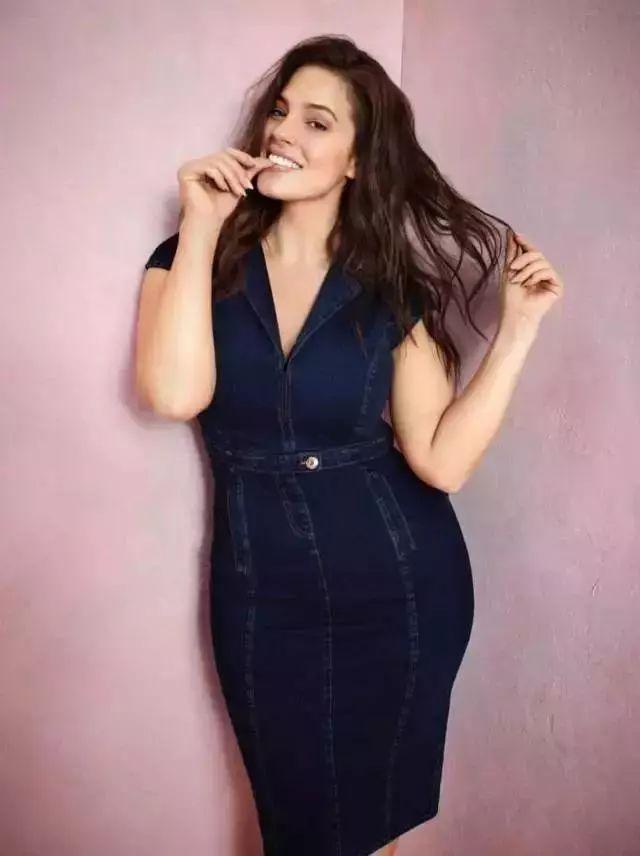身高175cm,体重180斤!世界最会赚钱的模特,是个胖姑娘