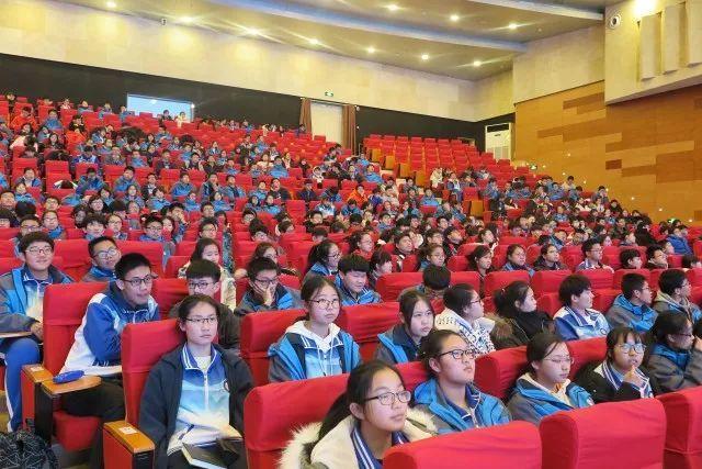 青岛十九中学生研究性学习成果在青岛市获奖