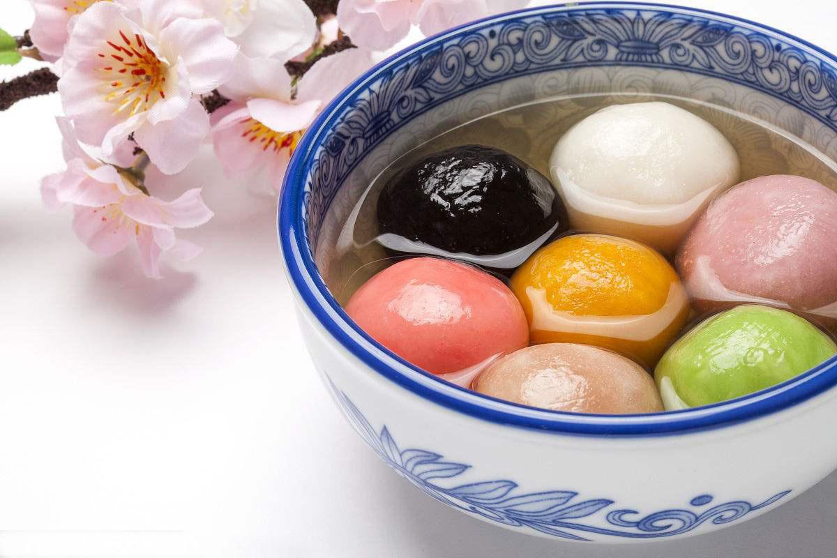 元宵节吃彩色汤圆是不是更潮流啊