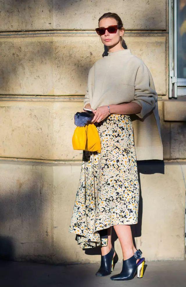 转行成为时尚博主,她的衣橱里有哪些高级的时髦?