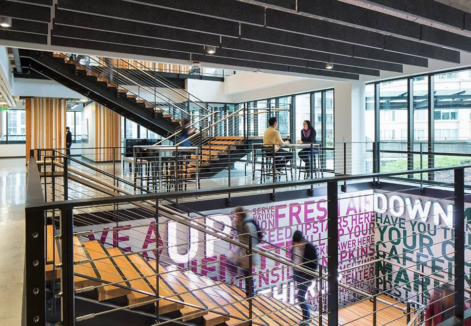 亚马逊的企业文化创意新颖