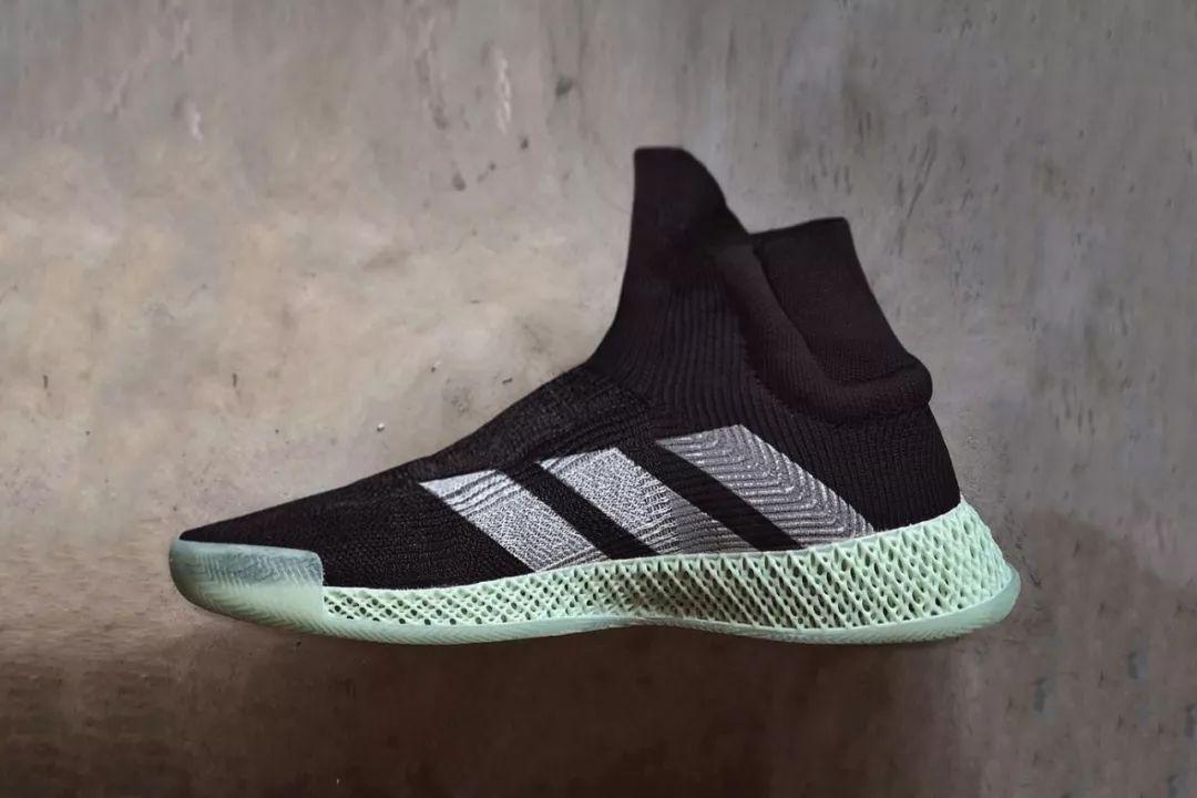 adidas FUTURECRAFT 4D黑色版本曝光