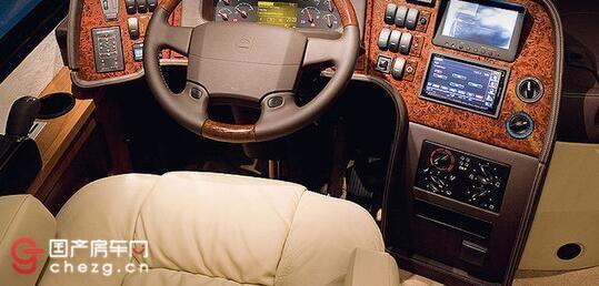 一千万的豪华房车价格可生吞美国悍马军车的沃尔沃超豪华房车_北