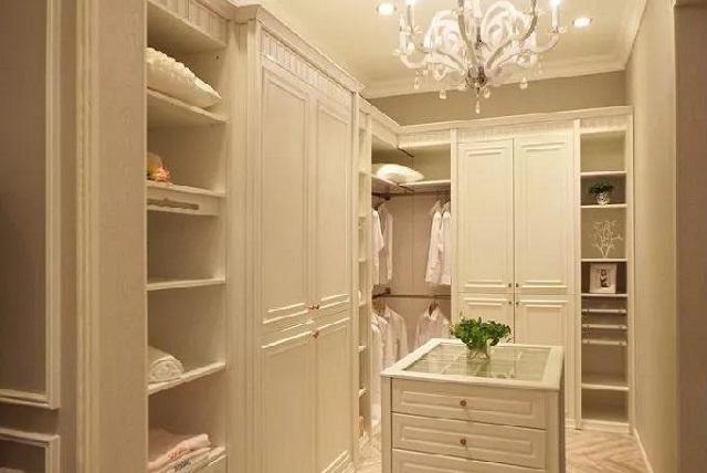 2.4宽的衣柜设计图