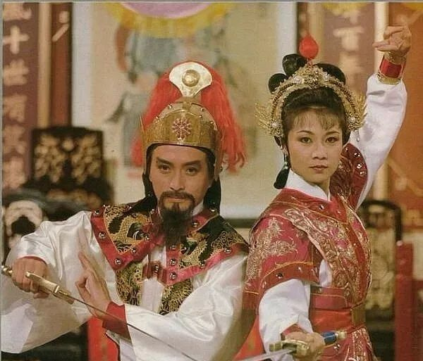 黄蓉人体艺术_中国表演艺术家赵丽蓉,1999年带病登台春晚后的一年,因肺癌不幸离世.