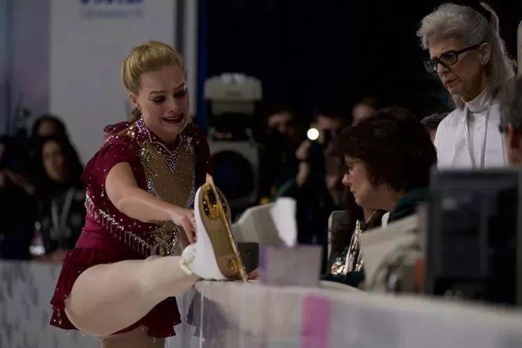 澳门威尼斯人:最大的滑冰丑闻《我,花样女王》比奥斯卡最佳影片《水形物语》还