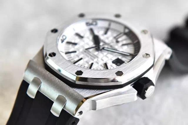 无锡爱彼手表回收。为何月薪2万还招不到人现在的年轻人都在干吗