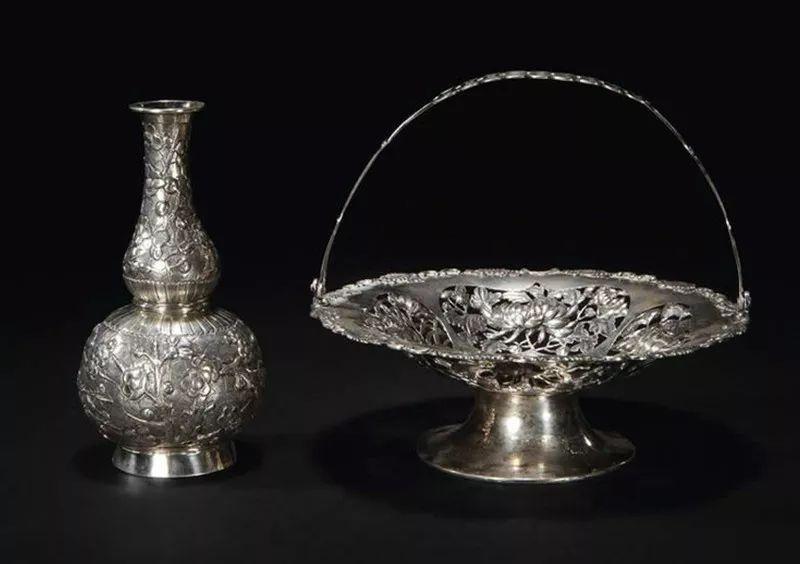银壶有哪些好处,银壶是怎样炼成的,银壶多少钱一克,银壶烧水对人体的好处,