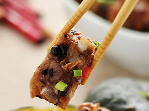 儿童营养健康美食食谱:豉汁蒸排骨的做法