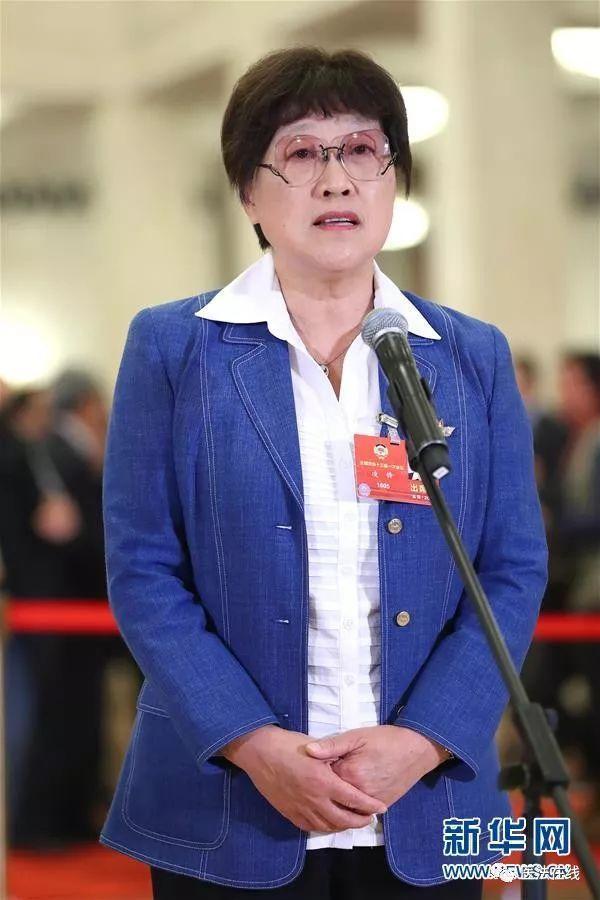 """【两会】凌锋委员:患者到医院不是来""""买医"""""""