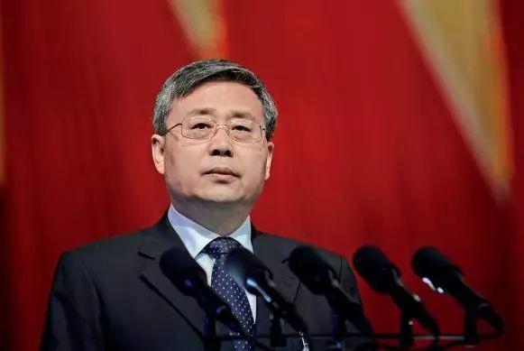 改革者郭树清和银行业的380天