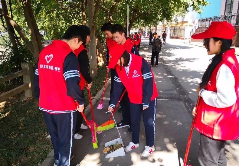 校园动态 南宁市各学校积极开展学雷锋志愿服务活动图片