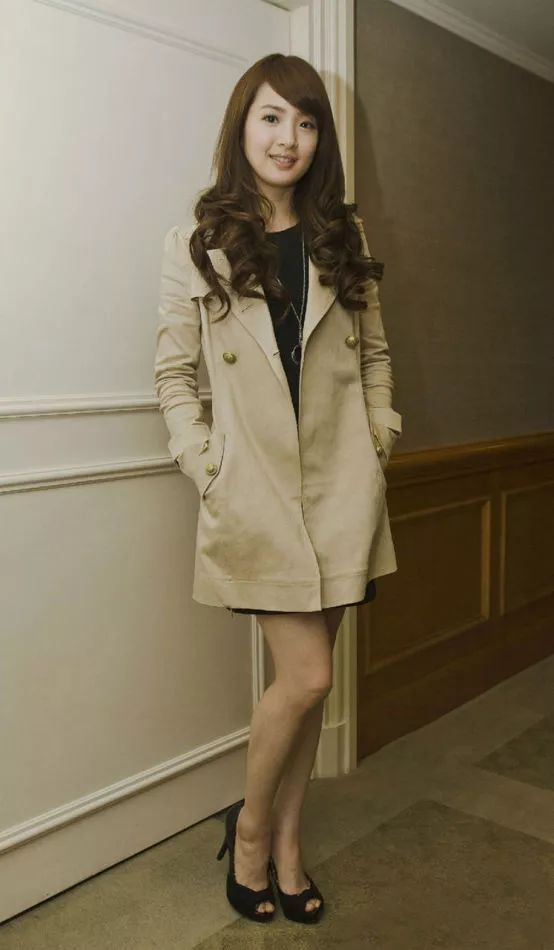 熟妇老师_她是可爱袁湘琴,也是熟女程又青,更是麻辣女教师林依晨!