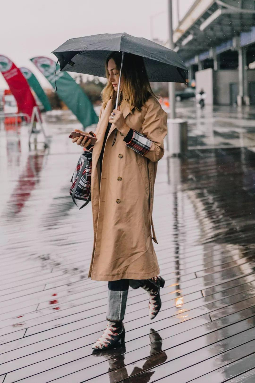 周冬雨 风衣_周冬雨性感图片