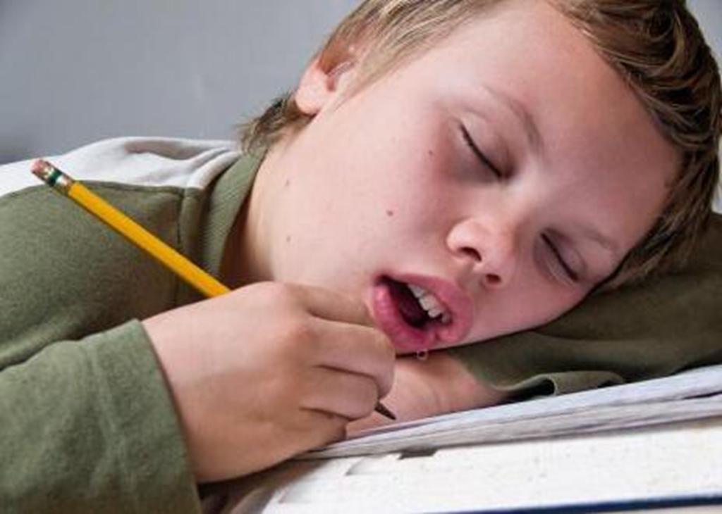 睡觉时爱流口水是病?可能是身体在报警!