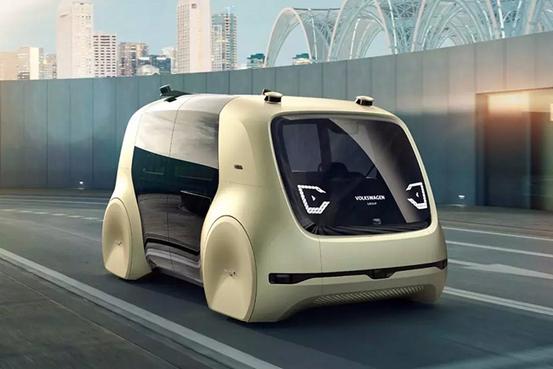 羡慕《黑豹》里的VR远程追踪?看看这些车就知道无人驾驶不远了!