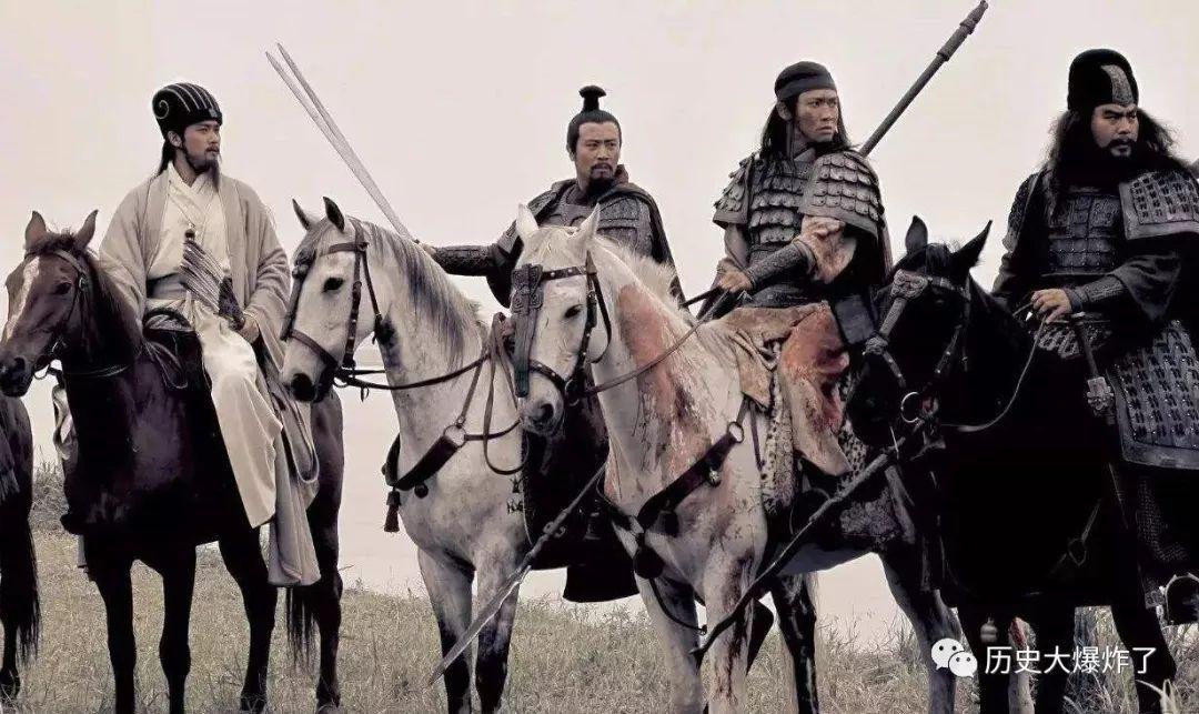 《三国志》里浑身是胆的赵云也睥睨群雄 评史论今 第3张