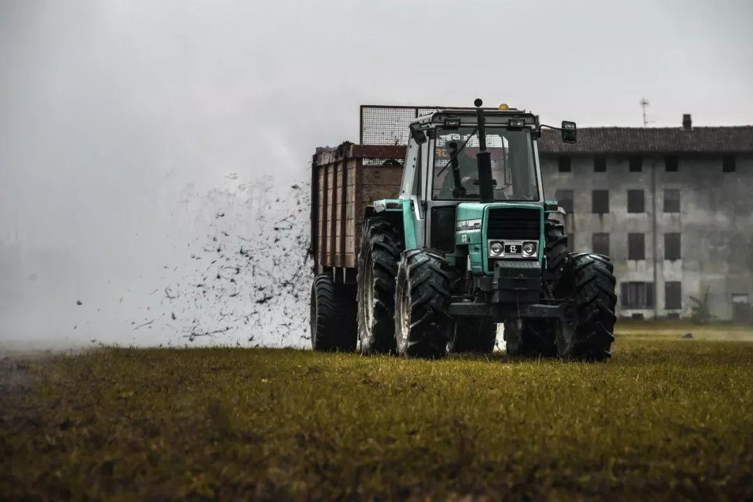 土地开发_我反对农村土地国有化开发模式,支持把土地使用权还给农民