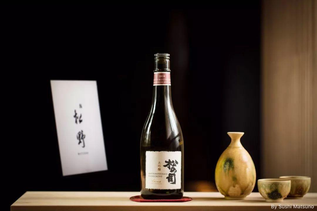 """从到自立门户这位日本料理长用一道""""新和牛海胆卷""""征服你!"""