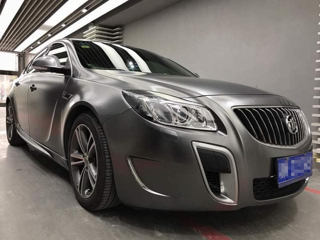 别克君威金属汽车贴膜钛灰展示电光效果图改色标致308质量图片