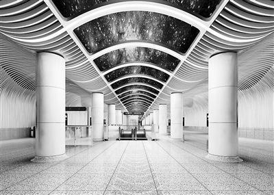 北京8号线六营门站主体施工完成 突出航天元素
