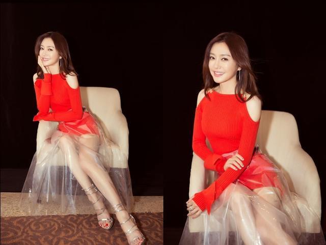 秦岚姐姐在秀大长腿的同时还隐约有丝少女感? 风格偶像 图3