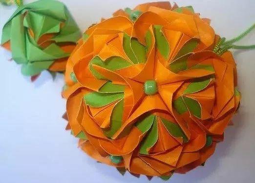 7x7 cm 12个元件组成 30个元件组成 超炫折纸玫瑰花球折法图解,正方形