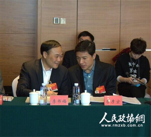 李彦宏:别听李书福的,AI开放平台下,传统车厂一定有机会!
