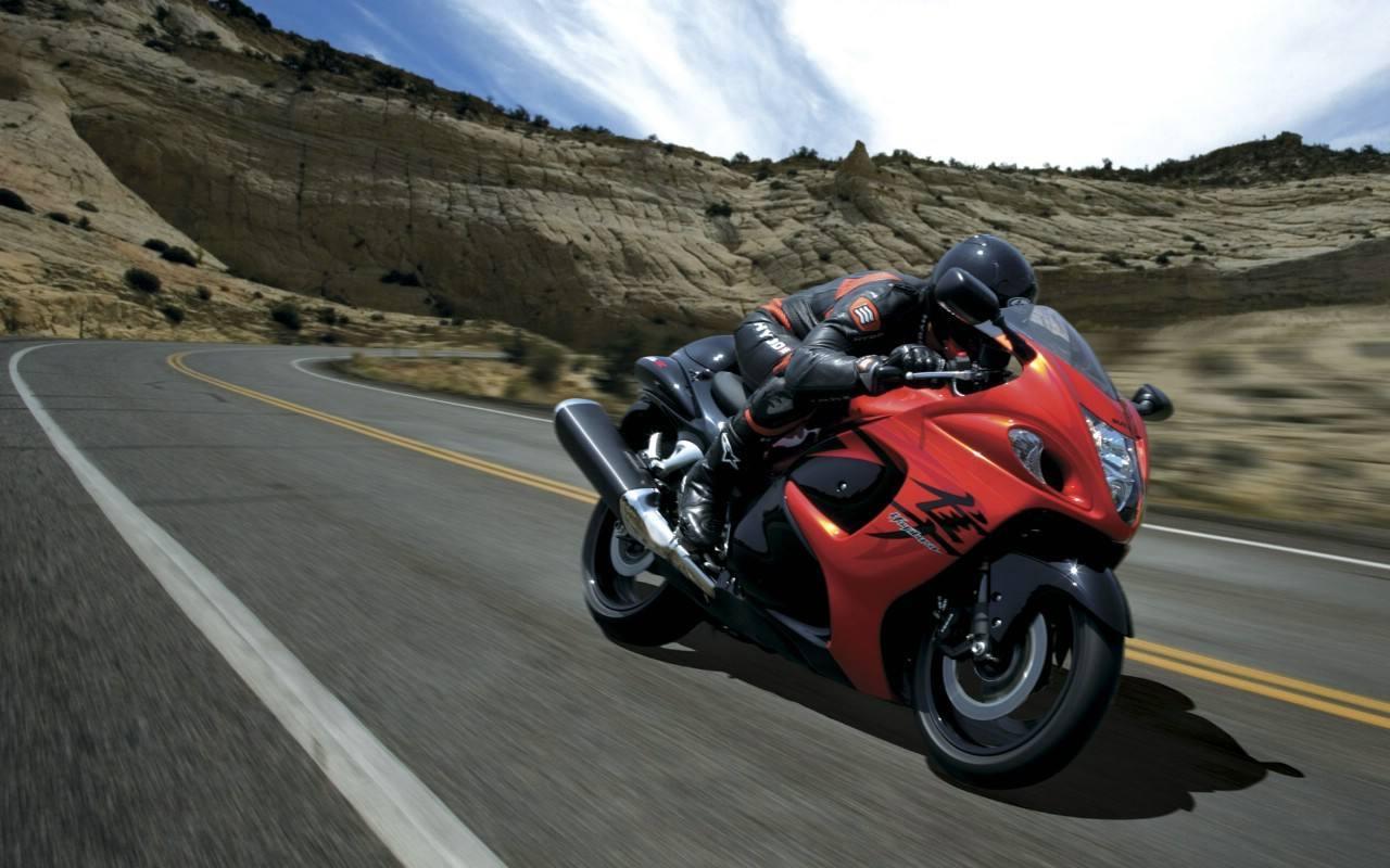 陆地最速神话――铃木摩托车