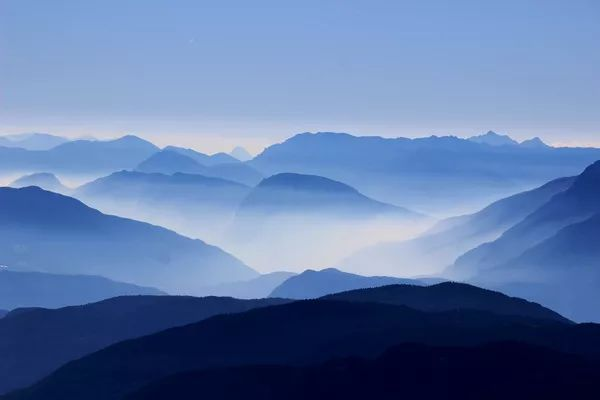 【作文素材】描写山、水、夕阳的好词、好句、好段