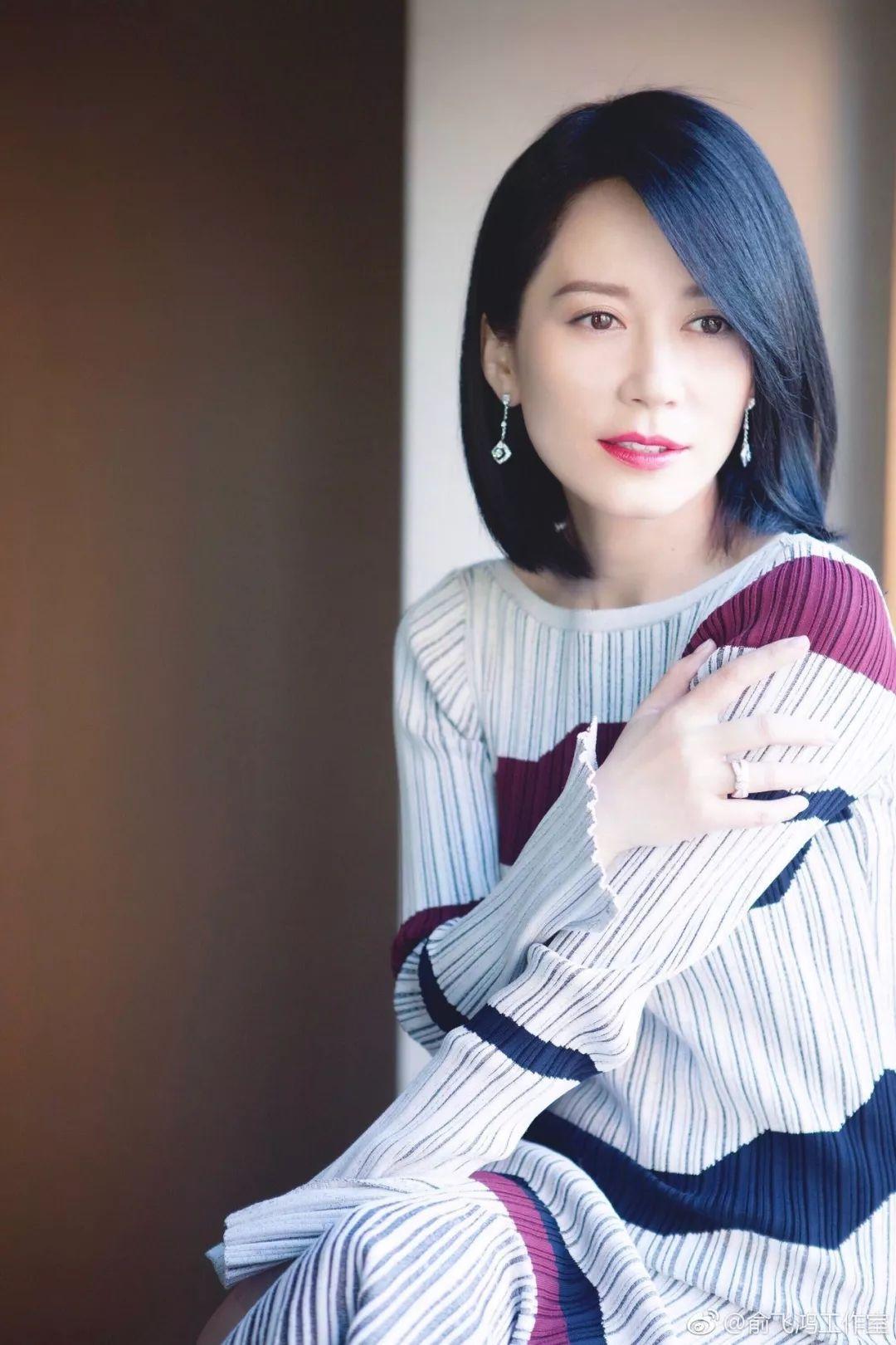 1 百变设计师俞飞鸿 剧中的俞飞鸿是一名设计师,做着与美有关的事情图片
