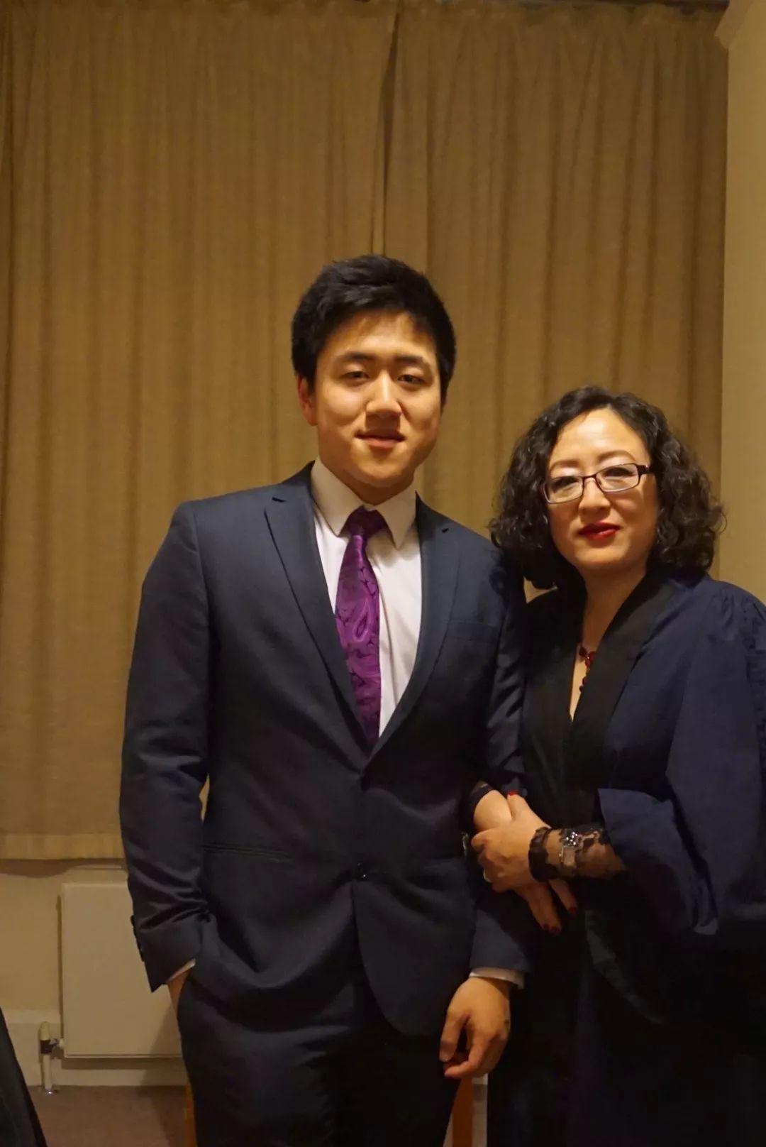 获得英国皇室勋章的中国妈妈,用这一套理念把孩子送进剑桥最牛学院
