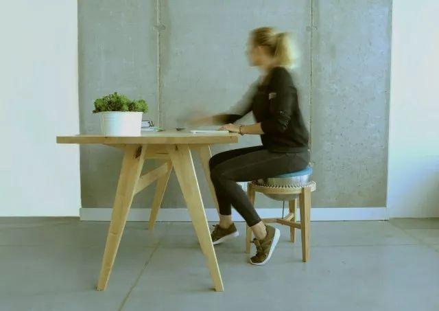 平衡凳的原理_幼儿园平衡凳图片