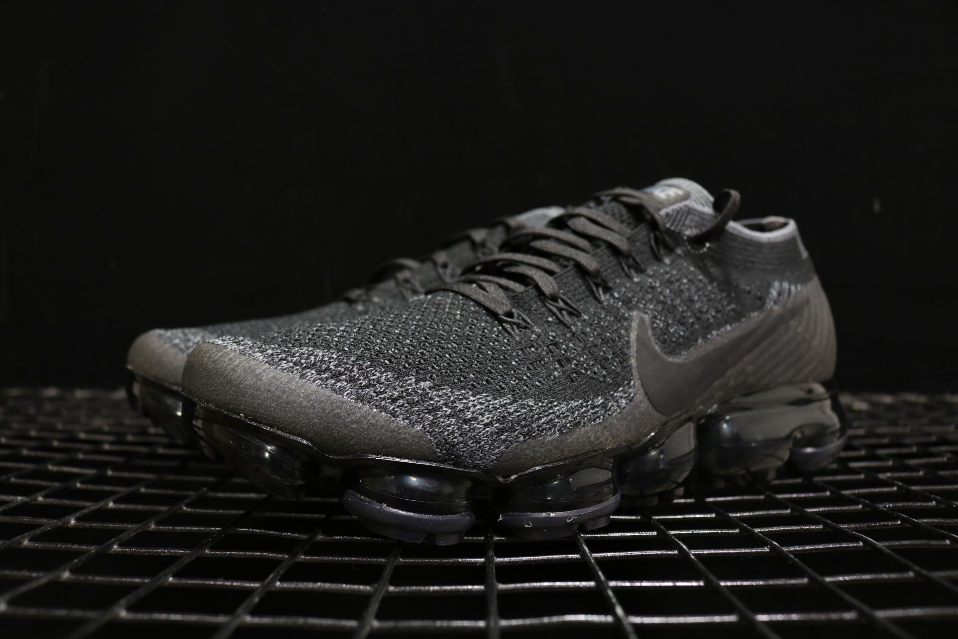 2017年发布的耐克运动鞋