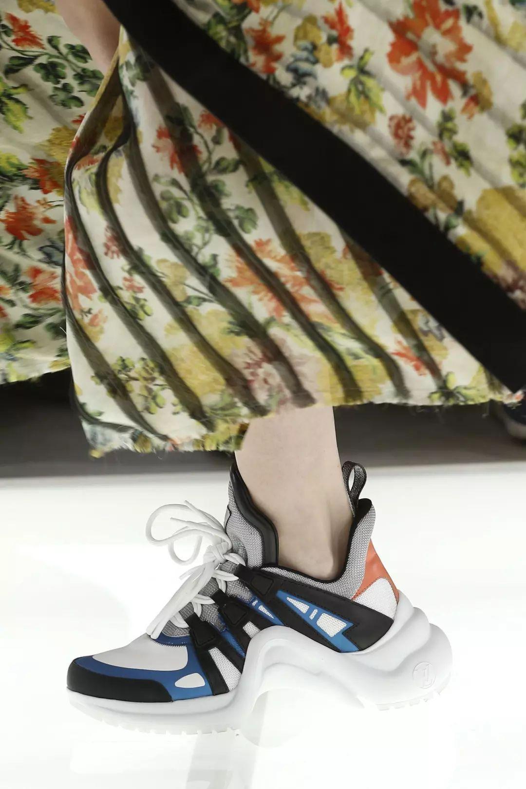 lv gucci还有prada_老爹鞋 | Gucci,LV等大牌今年都主推的运动鞋,晚了根本抢不到!